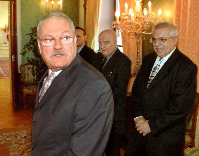 Drahoslav Machala (vpravo) mal blízko nielen k Ficovi, ale aj ku Gašparovičovi. Foto - TASR