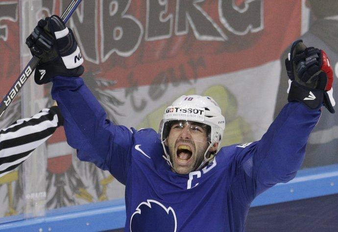 Meunier oslavuje svoj presný zásah. Foto - AP