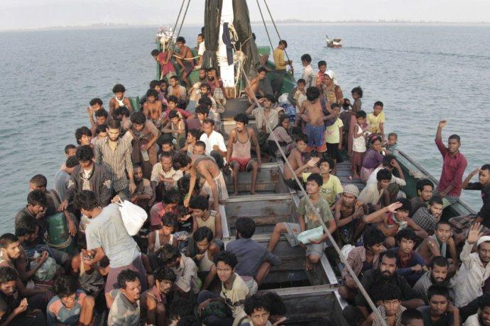 Rohingovia utekajúci z Barmy. Archívna foto – TASR/AP