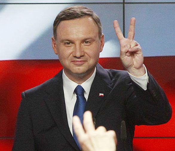 925f349f9a63 Orbánove klony útočia z Poľska – Denník N