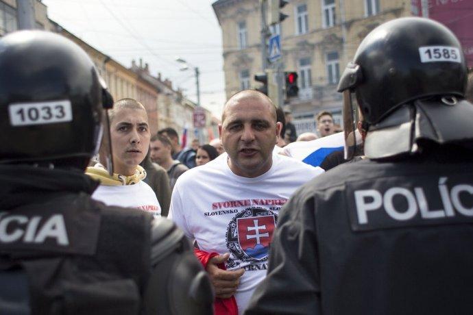V Bratislave bol protest proti imigrantom v júni, na dnes ho zvolal Marián Kotleba do Žiliny. Foto N