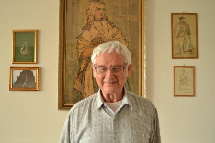 Profesor Milan Hejný sa snaží, aby sa jeho metóda dostala do škôl a aby sa deti učili matematiku objaviteľsky. Foto N - Marek Bažík