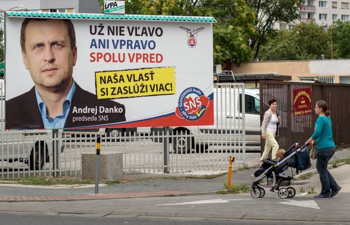 Predvolebný bilbord strany SNS. Foto N - Tomáš Benedikovič