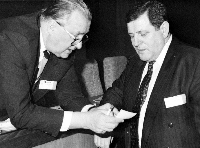 Michal Kováč s Vladimírom Mečiarom v roku 1992. Foto – TASR