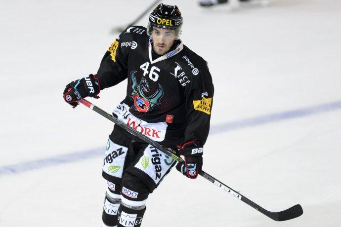 Rivera sa v lete presťahoval do Fribourgu, ktorý nenávidel. Foto - Keystone via AP/Laurent Gillieron