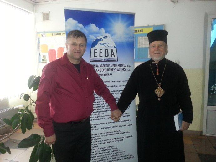 Falošný generál Jozef Zaťko na konferencii Bezpečnosť, extrémizmus, terorizmus - Ukrajina. Foto - Východoeurópska agentúra pre rozvoj