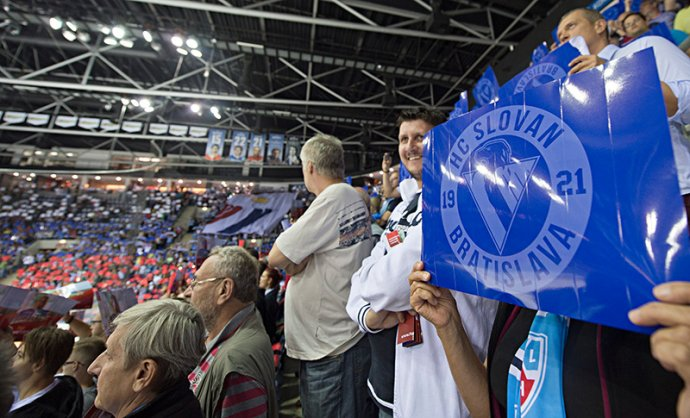 Fanúšikovia Slovana Bratislava. Foto – tasr