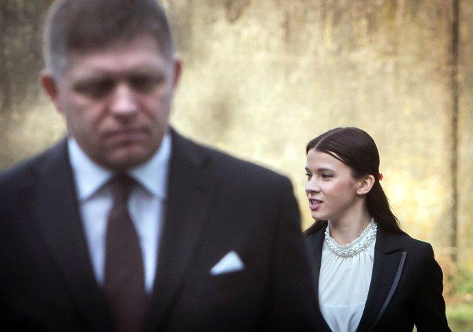Bývalý premiér Robert Fico a jeho bývalá asistentka Mária Trošková. Foto N – Tomáš Benedikovič