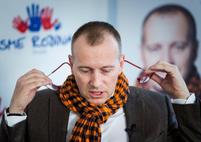 Predseda hnutia Sme rodina Boris Kollár sa narodil 14. augusta 1965 v Bratislave. Do volieb kandidoval aj v roku 2010 na kandidátke strany Únia ako expert na cestovný ruch. Vlastní lyžiarske stredisko Donovaly. Foto N – Tomáš Benedikovič