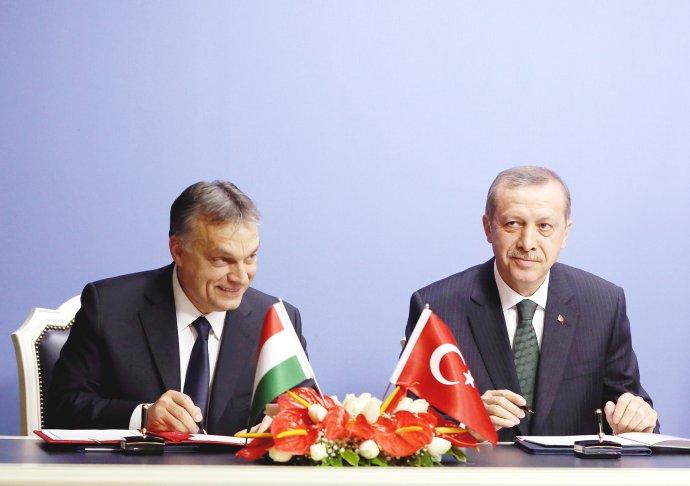 Orbán a Erdogan. Foto - TASR/AP