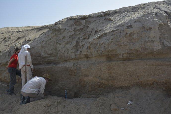 Objavenie hyksóskeho hrobu. Foto – Nadácia Aigyptos