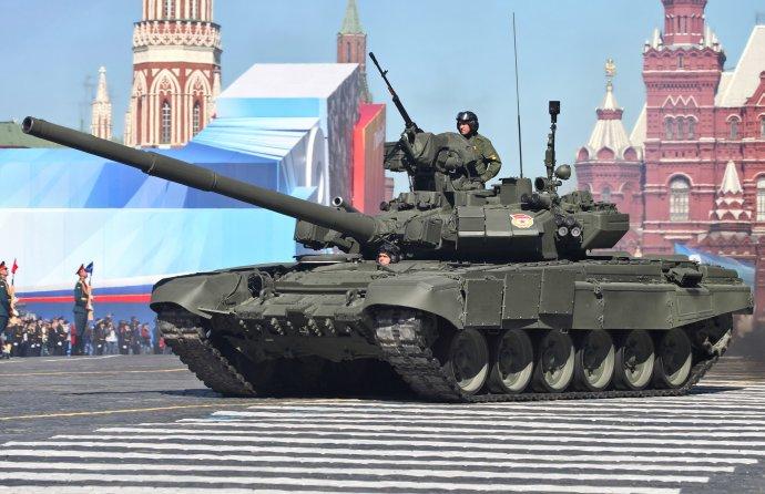 Ruský tank T-90. Foto – Wikipédia
