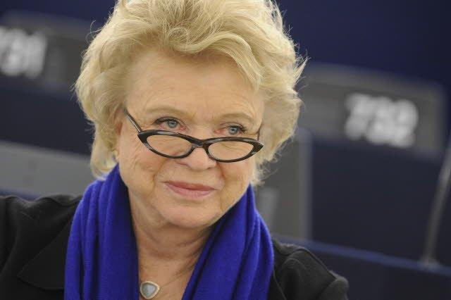 Eva Joly pôsobí Európskom parlamente za frakciu Zelených. Pred tým pracovala ako vyšetrovacia sudkyňa, ako konzultantka radila viacerým vládam. Foto - ICRICT.org