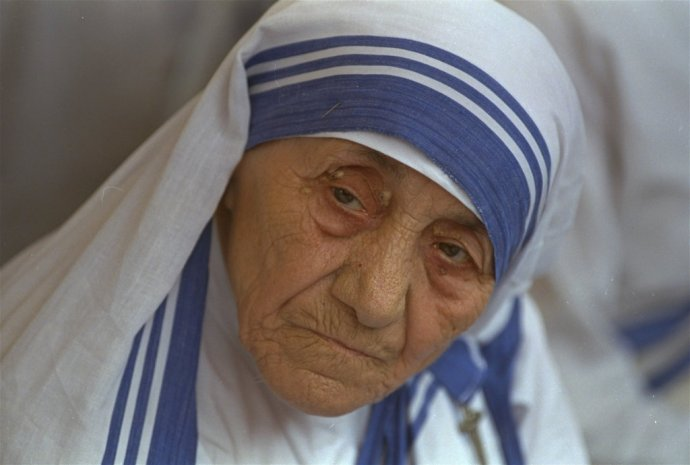 Matka Tereza na archívnej snímke z roku 1993. Foto – TASR/AP