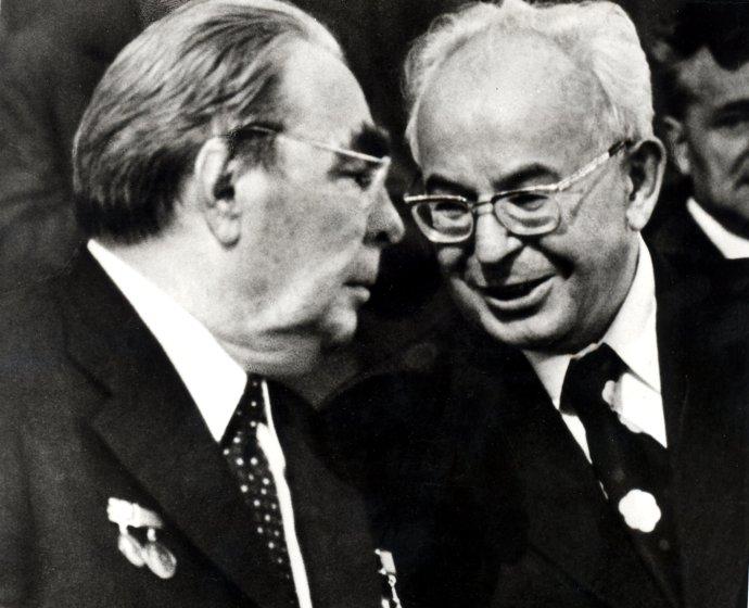 Gustáv Husák s Brežnevom v roku 1978 v Prahe. Foto -archív TASR