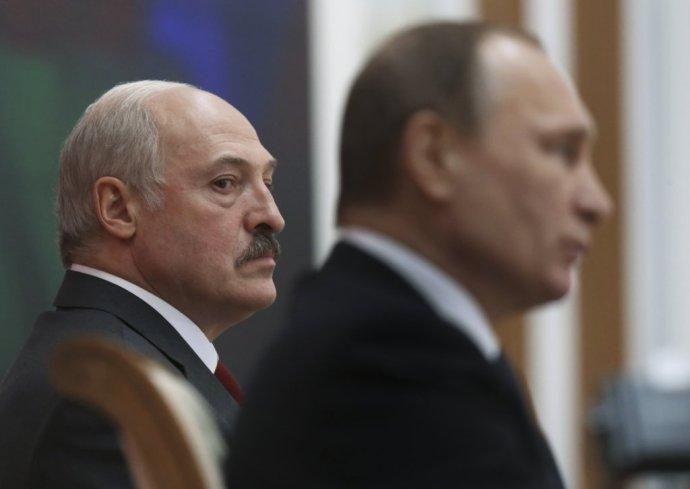 Alexander Lukašenko a Vladimir Putin. Foto – TASR/AP