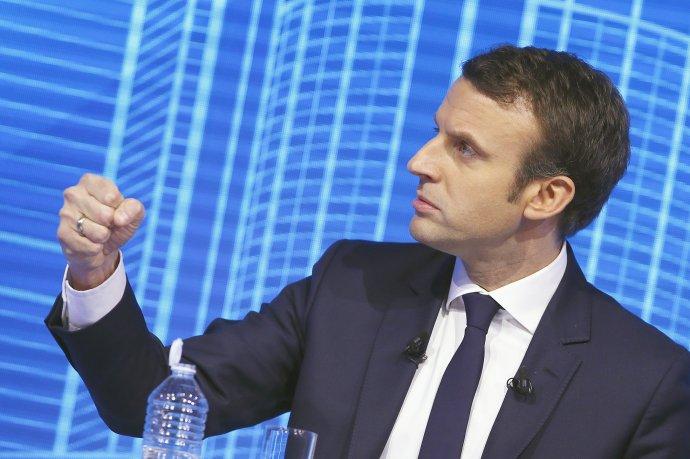 Emmanuel Macron to v Elyzejskom paláci nebude mať jednoduché. Foto – TASR/AP