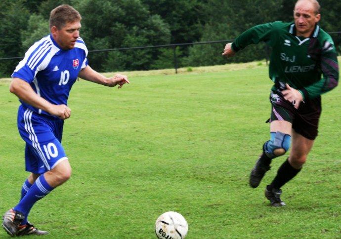 Premiér Fico má futbal rád. Foto – TASR