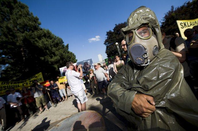 Protest proti skládke v Pezinku v roku 2010. Foto – TASR