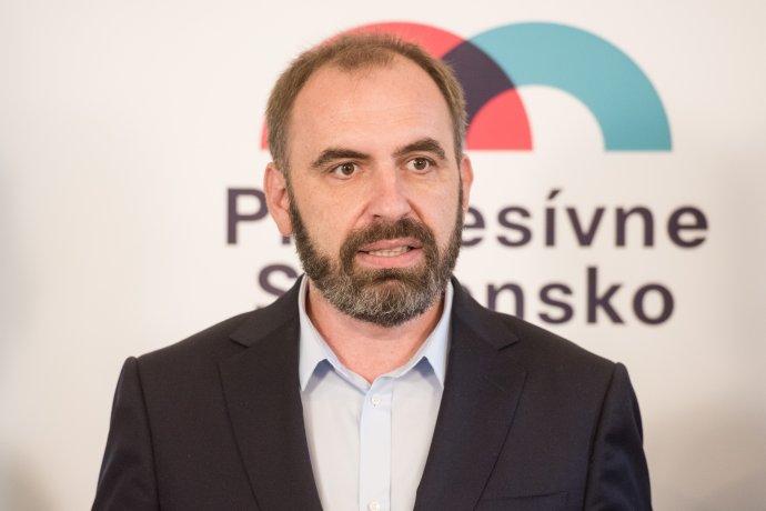 Líder Progresívneho Slovenska Ivan Štefunko na ideovej konferencii hnutia. Foto – Tomáš Halász