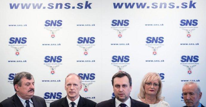 Vedenie SNS. Foto N – Tomáš Benedikovič