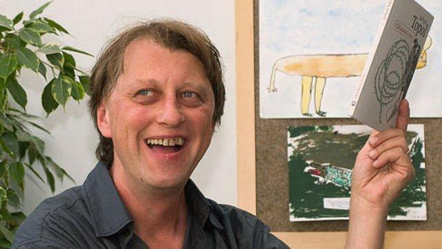 Na niekoľkohodinovej autogramiáde sa predstaví aj český autor Jáchym Topol. Foto - Autoriáda