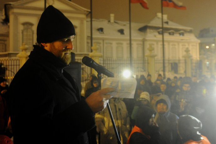 Tom Nicholson počas protestov pre kauzu Gorila. Foto – TASR