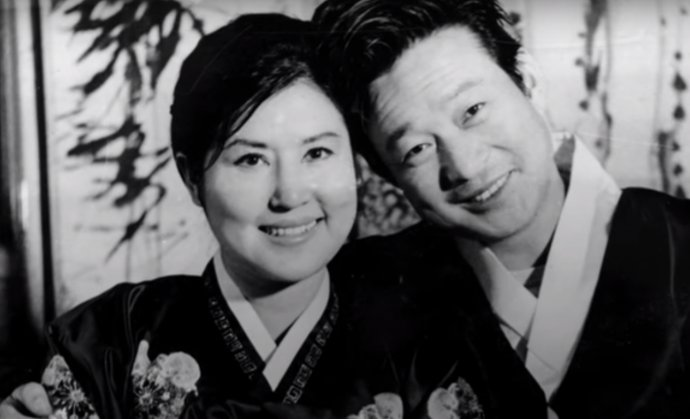 Čche Un-i a Sing San-ok. Oboch uniesol Kim Čong-il. Foto – Youtube/The Lovers and the Despot