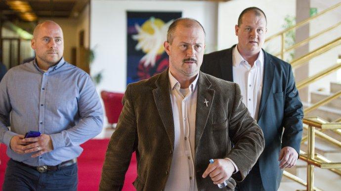 Zľava poslanci ĽSNS Ján Mora, predseda strany Marian Kotleba a Peter Krupa. Foto – TASR