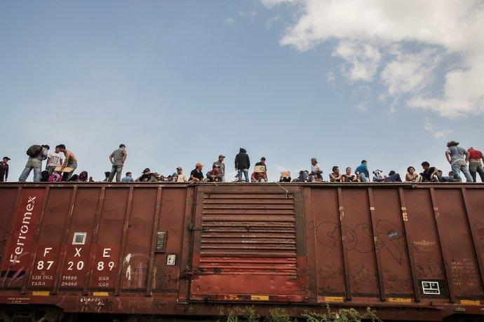 Mnohí ľudia utekajú do Mexika vlakom, ktorý prezývajú Beštia. Foto - Lekári bez hraníc/Anna Surinyach