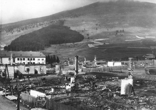 vypálený a bojmi zničený Telgárt