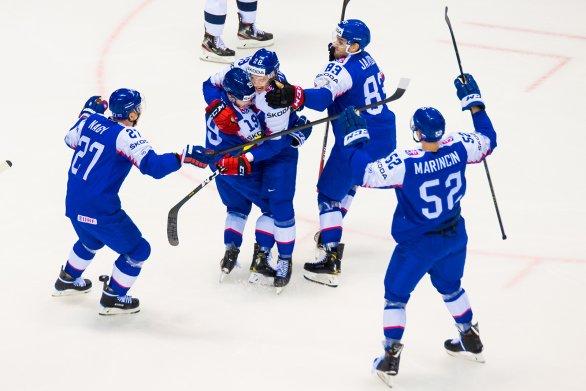 36edaac7e3552 Slovenskí hokejisti začali MS výhrou nad Američanmi 4:1 – Denník N