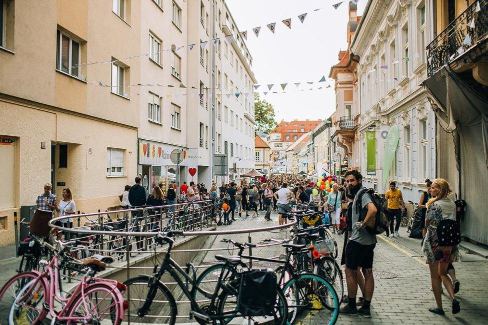 Panenská ulica v Bratislave počas Dobrého trhu v septembri 2018. Foto - Marek Jančúch