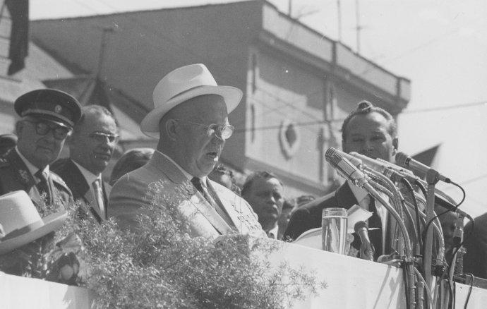 Nikita Chruščov pri prejave v Banskej Bystrici v roku 1964. Foto – Múzeum SNP