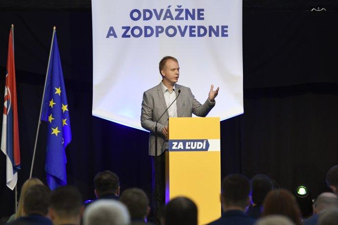 Miroslav Beblavý počas ustanovujúceho snemu strany Za ľudí. Foto - TASR