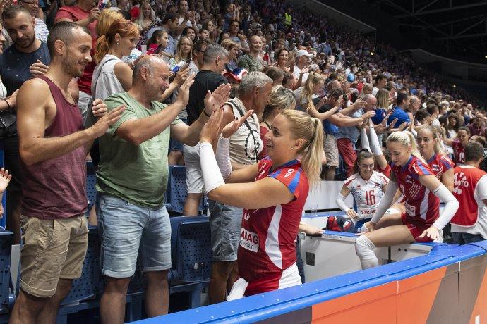 Ďakovačka po zápase s Talianskom. Foto - TASR