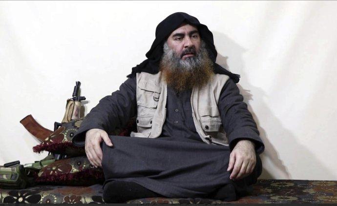 Líder Dáišu, takzvaného Islamského štátu, Abú Bakr Bagdádí. Foto - TASR/AP