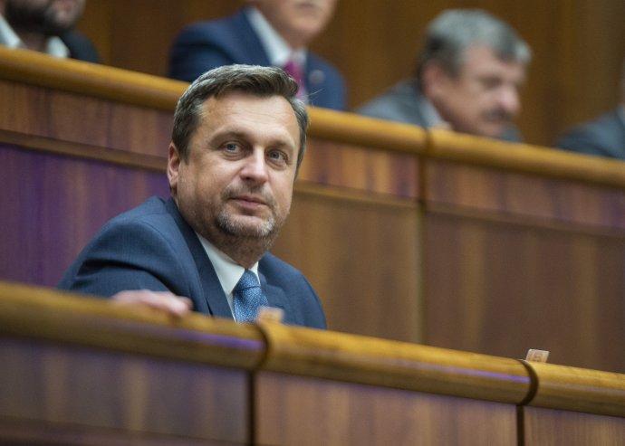 Andrej Danko bude možno budúci týždeň sedieť na poslaneckej stoličke naposledy. Foto - TASR