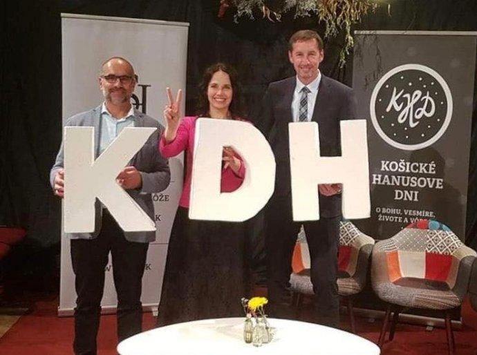 Marián Čaučík, Miriam Lexmann a Milan Majerský sú v súčasnosti jedny z najvýraznejších tvárí KDH. Foto - Facebook KDH