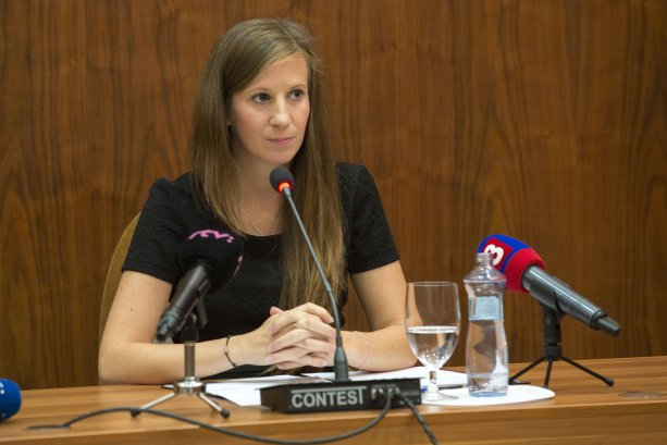 N. Komorníková na vypočúvaní kandidátov na členov rady ÚVO Zdroj: TASR