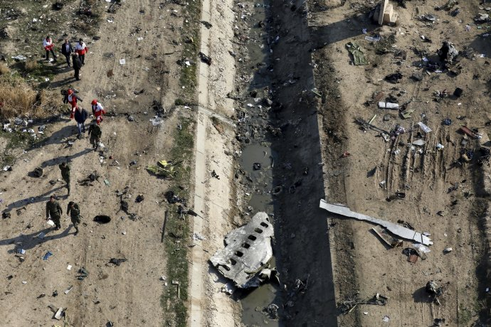 Zostrelený Boeing 737-800 aeroliniek Ukrainian International Airlines. Foto – TASR/AP