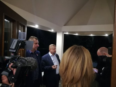Štefan Harabin vo volebnom štábe. Foto N – Ján Kováč