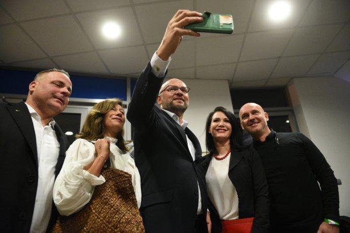 SaS počas volebnej noci 2020. Foto N - Tomáš Hrivňák