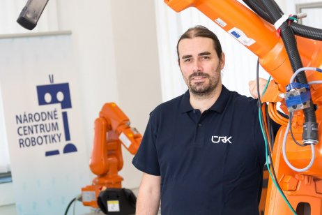 Robotik a kybernetik František Duchoň. Foto – STU