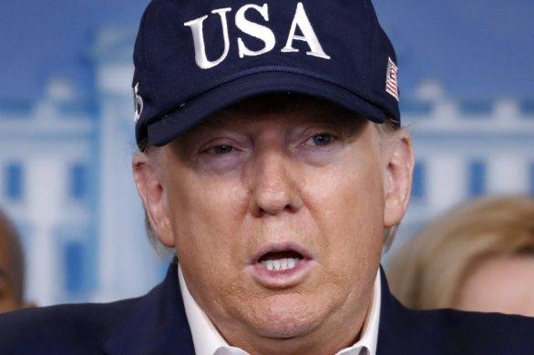 Americký prezident Donald Trump na tlačovke ku koronavírusu. Foto - TASR/AP