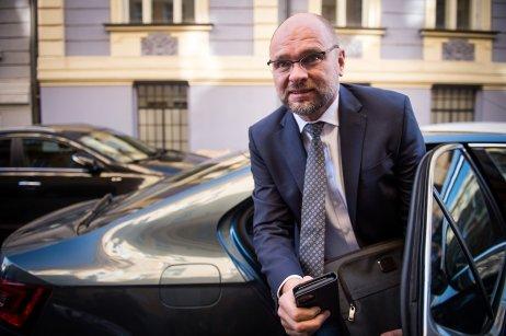 Richard Sulík prichádza na rokovanie o novej vláde. Foto N – Vladimír Šimíček