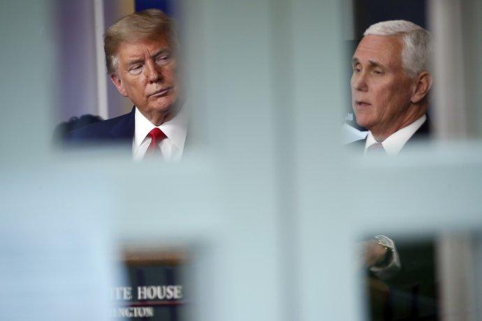 Donald Trump a jeho viceprezident Mike Pence. Foto - TASR/AP