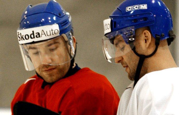Žigmund Pálffy a Pavol Demitra v roku 2003. Foto - archív TASR