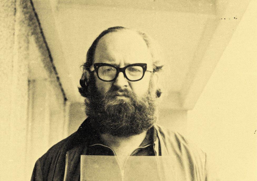 Július Koller. Foto - archív Kvetoslavy Fulierovej (detail)