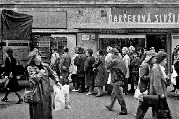 Čo všetko nebolo pred Nežnou revolúciou bežné? Odpovie vám magazín Sóda | Foto - Ľubo Stacho